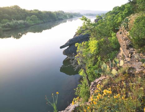 Chick Bend at Sunrise Brazos River below Possum Kingdom Lake 720x554