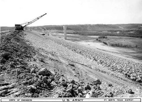 Construction of Canyon Lake Reservoir.